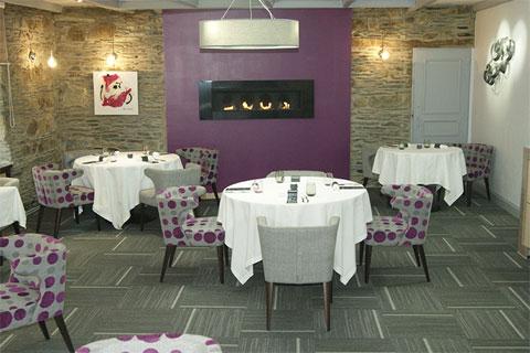Restaurant auberge grand 39 maison in m r de bretagne france for Auberge grand maison